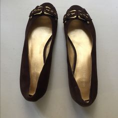Nine West brown shoes Very cute open toed shoes. Top is in great condition, bottom shows wear. Nine West Shoes Flats & Loafers