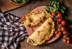 Νηστίσιμα καλτσόνε με γέμιση μεσογειακών λαχανικών   Dimitris Skarmoutsos Tacos, Mexican, Ethnic Recipes, Food, Meals, Mexicans
