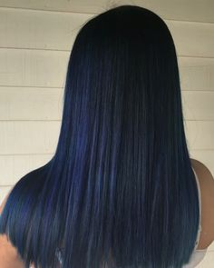 The perfect blue black hair color blue/black hair black blue hair color bluish black dark blue midnight blue hair color midnight blue hair black and blue balayage dark blue balayage hair goals hair… Blue Black Hair Color, Hair Color Asian, Asian Hair, Violet Black Hair, Lilac Hair, Long Layered Hair, Long Hair Cuts, Long Hair Styles, Eggplant Colored Hair