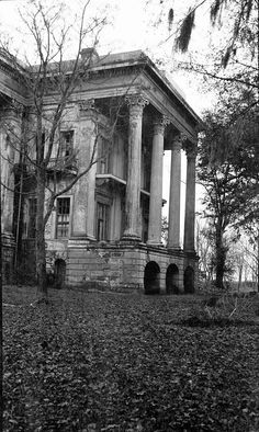 Belle Grove Plantation Mansion, White Castle Louisiana Pictures December 1936 VIEW OF SIDE PORTICO LOOKING EAST