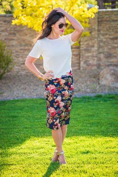 Brea Navy Floral Skirt