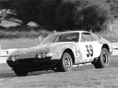Bild erstellt im Jahr 1972. Oldtimer in diesem Bild: Ferrari 365 GTB/4 Daytona 1972. Veranstaltungen in diesem Bild: Le Mans 1972. Personen in diesem Bild: Jean-Claude Andruet, Claude Ballot-Léna. Das Online-Archiv von Zwischengas enthält weit über 1 Million durchsuchbare Inhalte zu Oldtimer und Youngtimer.