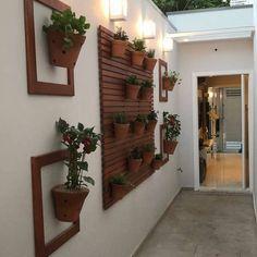 Decor, Home And Garden, Vertical Garden Design, Salon Interior Design, Indoor Garden, Mediterranean Garden Design, Backyard Inspiration, Home Decor, House Interior