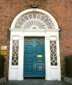 Georgian door with its delicate fanlights which line the eighteenth-century Merrion Square, Dublin, Ireland Neoclassical Architecture, Architecture Details, Entrance Doors, Doorway, Front Doors, Georgian Doors, Georgian House, Unique Doors, Architectural Features