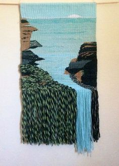 This is from my free series on weaving with fabric strips, I show you how to weave fabric using tapestry techniques. by Happyba on Etsy Framed Triangle Weaving Weaving Textiles, Weaving Art, Weaving Patterns, Hand Weaving, Loom Weaving Projects, Weaving Loom Diy, Tapestry Loom, Art Fil, Weaving Wall Hanging