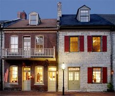 Boone's Colonial Inn, Saint Charles, Missouri: This B&B strikes a pitch-perfect balance of history and luxury in its side-by-side 1800s-era buildings. Three quiet guest rooms offer modern amenities, such as king-size beds, gas fireplaces and jetted tubs, as well as historical touches: colonial-style nightshirts, lanterns for an evening stroll, a candlelit breakfast and a take-home gift of beeswax candles.