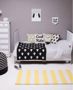 Où trouver une bannière, fanion, drapeau pour décorer une chambre d'enfant ?