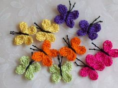 crochet appliques - Google Search Crochet Home, Cute Crochet, Crochet Crafts, Yarn Crafts, Crochet For Kids, Crochet Projects, Sewing Crafts, Knitting Designs, Crochet Designs