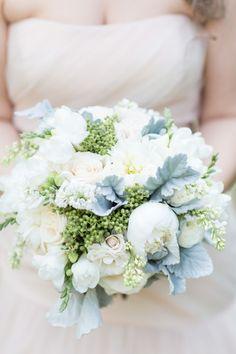 Spring hues: http://www.stylemepretty.com/little-black-book-blog/2015/05/19/romantic-spring-wedding-at-smog-shoppe/ | Photography: Koman Photo - http://komanphotography.com/