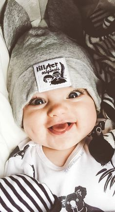 New baby face expression kids Ideas Baby Kostüm, Cute Baby Boy, Cute Little Baby, Baby Kind, Cute Baby Clothes, Little Babies, Chubby Babies, Mama Baby, Baby Faces