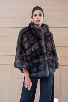Explore the latest SARIGIANNI collection of real fur coats and bags. Modern & elegant mink coats, shearling jackets, fur-trimmed cashmere coats and more. Sable Fur Coat, Cashmere Coat, Shearling Jacket, Fur Fashion, Women Wear, Poses, Elegant, How To Wear, Jackets