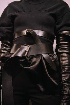 ann demeulemeester paris fashion week pfw leather