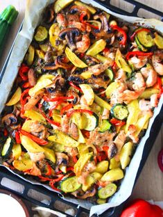 ONE PAN TURKEY VEGGIE BAKE RECIPE - Make a healthy, delicious meal in no time with this simple and quick one pan turkey veggie bake! Perfect dinner for busy people! Turkey Recipes, Veggie Recipes, Healthy Recipes, Healthy Food, Fun Easy Recipes, Easy Meals, Yummy Recipes, Sweets Recipes, Chicken Pasta Bake