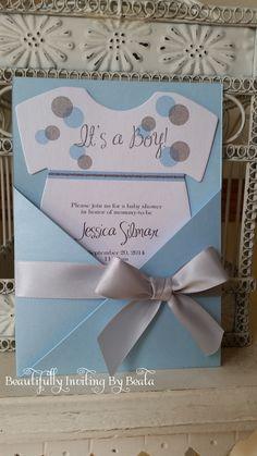 Plata y azul bebé con temas de bebé ducha invitación  bebé