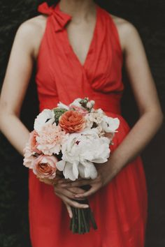 A coral and navy urban Seattle wedding by Valley & Co. | Chantal Andrea Photography | Floressence | Herban Feast