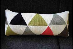 Cushion_Cojin_Crochet_sunsetgurldesign_1