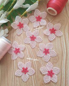 Advent Calendar, Holiday Decor, Crochet, Instagram, Tv, Home Decor, Pattern, Decoration Home, Room Decor