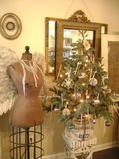 Love making dress form angels for Christmas.