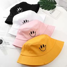 New Embroidery Smile Face Expression Bucket Hat Solid Cotton Summer Panama Man Women Pop Visor Lovers Sun Fishing Hat Gorras Teen Fashion Outfits, Outfits With Hats, Cute Casual Outfits, Stylish Outfits, Bucket Hat Outfit, Black Bucket Hat, Mens Bucket Hats, Cute Hats, Streetwear Fashion