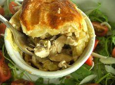 Chicken & Mushroom Pie by @ChrisCH2011 - http://www.foodfotogallery.com/post-2809-chicken-and-mushroom-pie.html