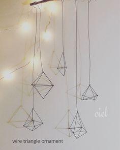 wire triangle ornament | CIEL | note