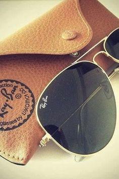 Ray-Ban Aviator Sun Glasses.