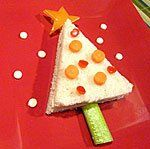 Fun and Healthy Edible Christmas Trees! Natural New Age Mum Cool Christmas Trees, Christmas Crafts For Gifts, Christmas Snacks, Christmas Goodies, Christmas Holidays, Merry Christmas, Food Art For Kids, Crafts For Kids, Fruit Creations