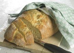 Supernemt, langtidshævet brød - rør dejen sammen om aftenen, så er der hurtigt lunt brød til morgenmaden