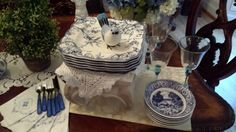 Mother�s Day Brunch Buffet Style:Table Setting Ideas