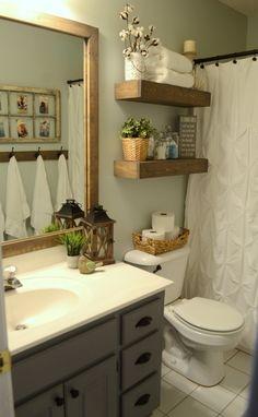 Natural Home Decor, Diy Home Decor, Decor Crafts, Small Bathroom Furniture, Bathroom Storage, Bathroom Bin, Bathroom Mirrors, Gold Bathroom, 1950s Bathroom