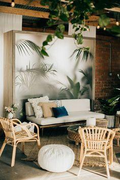 The Most Favorite Indoor Tropical Interior Design Ideas & Innovation Interior Tropical, Tropical Home Decor, Tropical Design, Tropical Houses, Tropical Paradise, Bar Design, Deco Design, House Design, Design Ideas