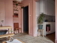 Pink and cherry: A romantic, sophisticated and fresh apartment - La casa de Freja Home Interior Design, Decor, Apartment, Kitchen Decor Themes, Apartment Decor, Interior, Beautiful Apartments, Interior And Exterior, Home Decor