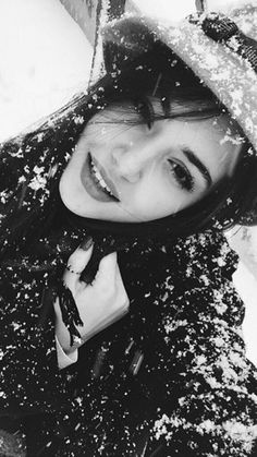 Kim demiş kışın Hande yenmez diyeeee❤❤❄Yerim ben onuuuuuuuu❤❤handemiyy
