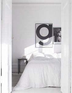 White bedding, Playtype poster