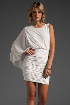 this is the dress nikki was wearing on the bachelor, women tell all! want!