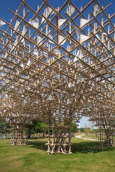 Treeplets a temporary bamboo structure | Impromptu projects