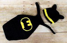 Sale Newborn baby Batman cape and hat beanie by SweetBabyJamesShop, $30.00