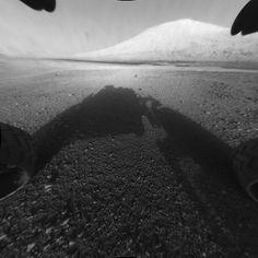 Curiosity - first photos on Mars