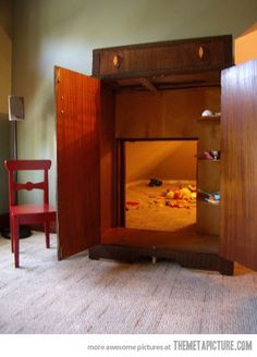 Secret playroom: Narnia in your own wardrobe… I love this so much I want to cry!