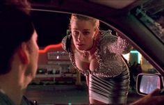 Elisabeth Shue in Leaving Las Vegas 1995 Leaving Las Vegas, Elisabeth Shue, Character Types, Kevin Macleod, New Boyfriend, Hollywood, Anna Kendrick, Dance Hall, Beauty