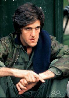 JK John Kerry, Gemini, Che Guevara, Fictional Characters, Twins, Fantasy Characters, Twin, Gemini Zodiac