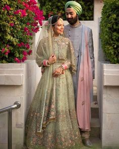 Are you looking for trendy pastel bridal lehenga inspiration? Check out the best pastel lehenga designs and trending colours for 2020 wedding season! Indian Wedding Outfits, Bridal Outfits, Bridal Dresses, Pakistani Outfits, Maxi Dresses, Designer Bridal Lehenga, Bridal Lehenga Choli, Sabyasachi Lehengas, Wedding Lehnga