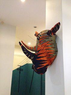Cosmo le rhino par KarmaBirdy sur Etsy https://www.etsy.com/fr/listing/215377154/cosmo-le-rhino