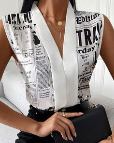 Chic Type, Trend Fashion, Fashion Outfits, Womens Fashion, Womens Clothing Stores, Clothes For Women, Newspaper Printing, V Neck Tank Top, Different Fabrics
