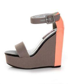 Dollhouse Grey Canvas Color Block Platform Wedges - grey and coral are always a good combo Crazy Shoes, Me Too Shoes, Pet Shop Boys, Club Party Dresses, Shoe Boots, Shoe Bag, Wedge Shoes, Wedge Sandals, Fashion Shoes