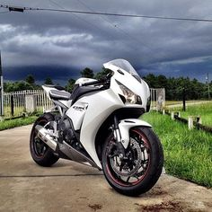 CBR1000RR really is the best 💖
