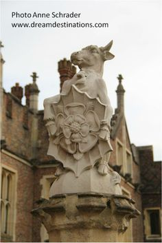 The Bull of Clarence, the King's Beast, Hampton Court Palace England