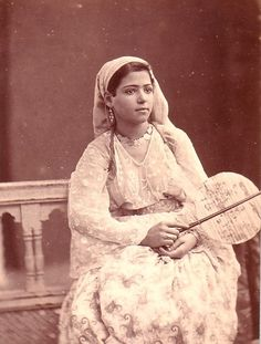 Town woman of Algiers 1880