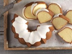 Bundt stories    Welcome to King Arthur Flour's Year of the Bundt! We've been celebrating this classic American dessert with a variety of recipes and tips over the past few months, but right now we'd like to tur   http://blog.kingarthurflour.com/2017/04/17/bundt-stories/