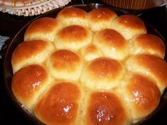 Recipes of Garrett Squared: 30 Minute Rolls in Cast Iron Pan